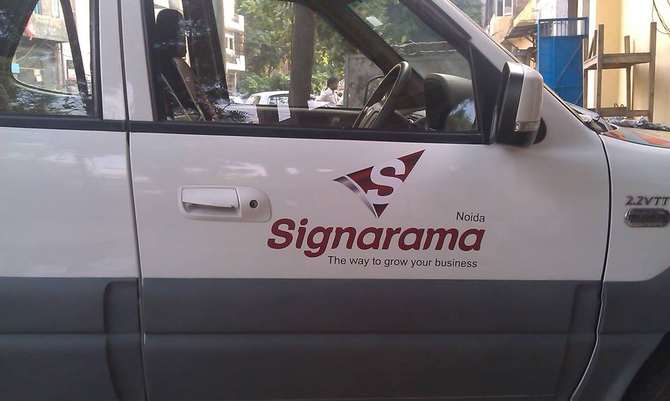 How to apply a decal on your car